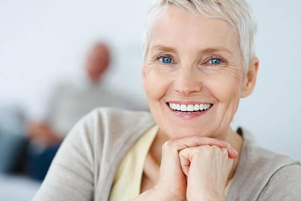 ایمپلنت دندان و تحلیل لثه