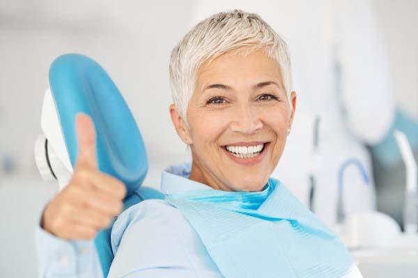 کاندیدای مناسب برای ایمپلنت دندان
